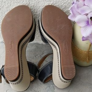 Clarks Shoes - Clark's cushion soft wedged heel